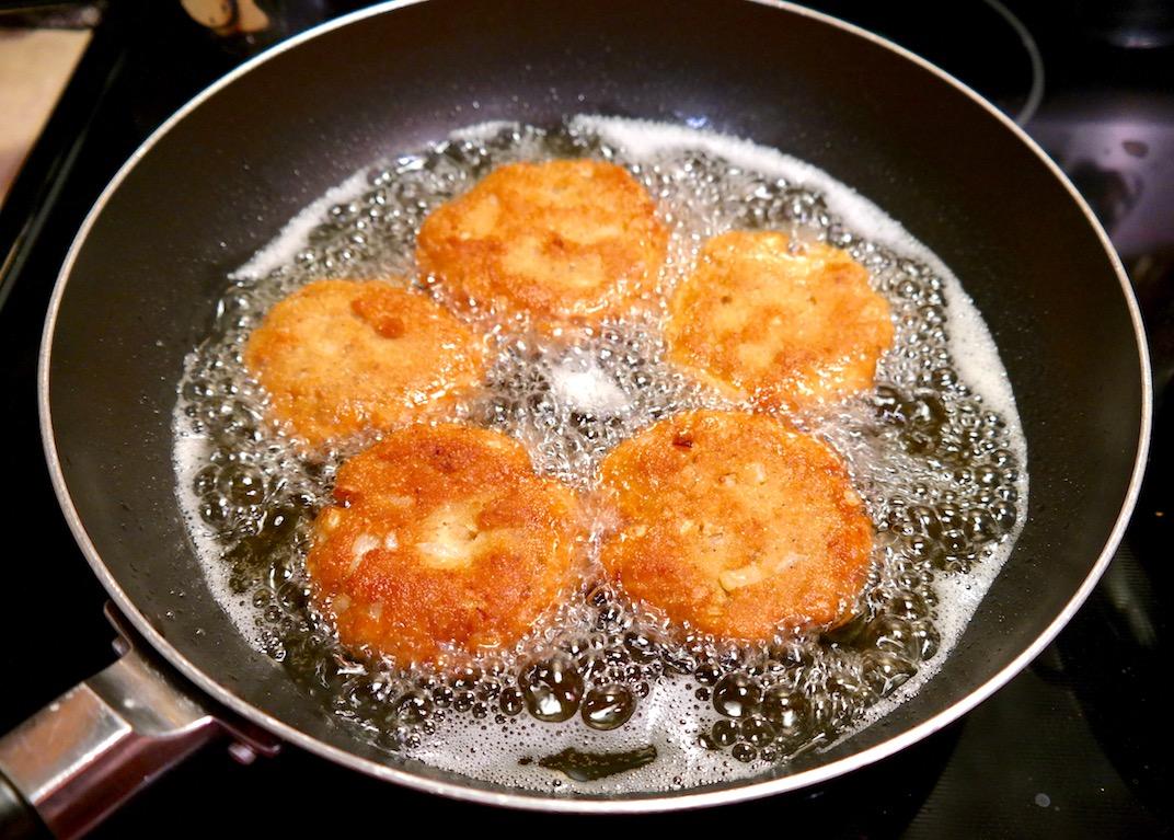 Pan Fried Salmon Cakes